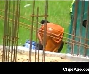 Desi woman caught bathing outdoors - 2 min