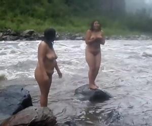 Two Desi Indian Mummies nude bathtub on sea