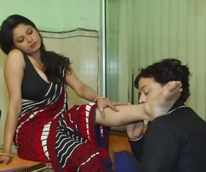 Savita Bhabhi 3 Girl Chief Romance With Youthfull Boy
