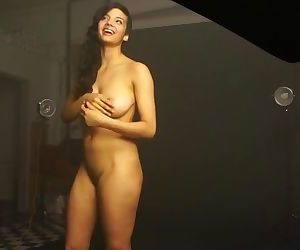 Nude Photoshoot Of Amazing Indian..