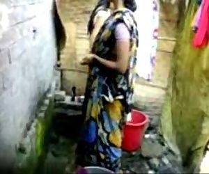 bangla desi village girl bathing..