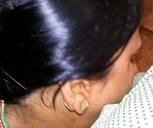Desi Bihari Village Girl Sucking..