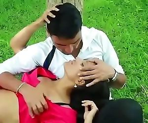 desi bhabhi sex with boy in park..