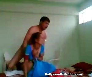 Desi Maid Fucked by House owner -..