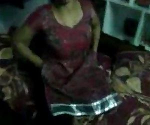 Indian Aunty Hema Sex With Lover http://picsrics.blogspot.com - 6 min