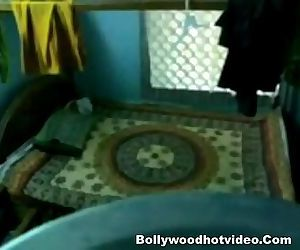 Indian Lovers New Sex Tape - 5 min