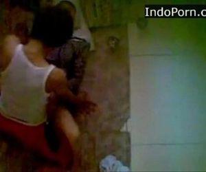 spycam - neightboor wearing jilbab having sex on the floor Indo scandal - 13 min