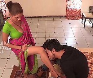 bgrade maid seduces with awesome cleavage - 10 min