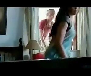 Indian Mom Had Sex With Thief- मा ने चोर के साथ..