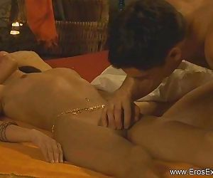 Cunnilingus From Exotic India - 11 min HD