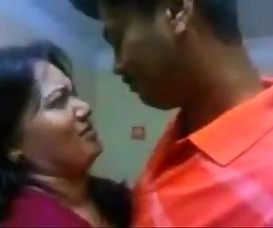 Indian aunty hot kiss - 2 min
