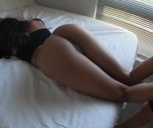 Walked In On My Girlfriend Working Out - Amateur Chi Girl