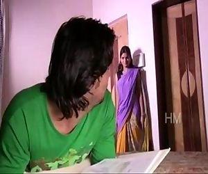 BHABHI KI AAG DEVAR NE BHUJAI chod chod ke -- NEW HINDI SHORT FILM - 3 min