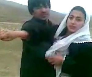 Indian awesome kashmiri muslim couples exchange dr beautiful wifes outdoor car - 15 min