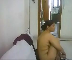 #NaziaPathan Indian arab housewife casually naked at homepart 2/4 26 min
