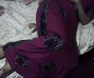 indian amateur bhabhi laying naked in bed - 1 min 1 sec