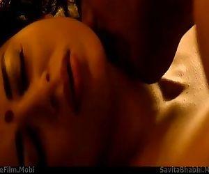 Kangana Ranaut And John Abraham Sex In Shootout At Wadala - 1 min 24 sec
