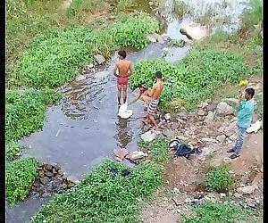 Desi indian Straight male bathing - 43 sec