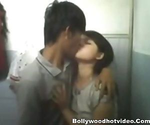Indian Tribal girl Chuang Mow Getting fucked in Bathroom - 5 min
