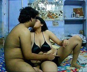 Savita bhabhi kissing - 1 min 6 sec