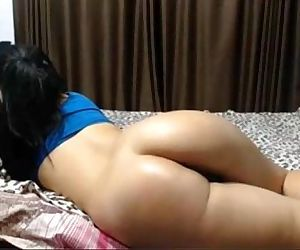 indian lover showing her big ass with boy friend - 2 min
