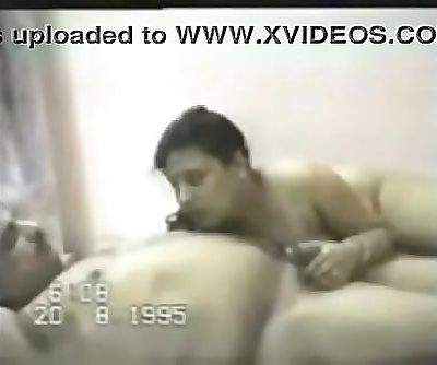 VID-19950820-PV0001-Chennai Tamil 43 yrs old married housewife aunty Lekha fucked by her 45 yrs old married illegal..
