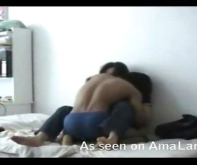 Indian honey gets kinky with BF - 5 min
