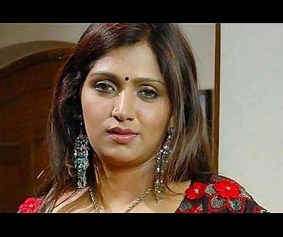 Bhuvaneswari Hot Indian Aunty rare saree drop clip - 1 min 24 sec