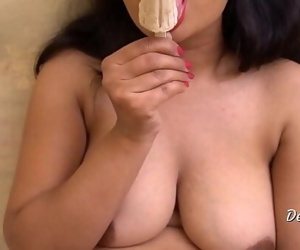 Desi Richa Pussy Fucking With Dildo And Ice Cream 10 min 1080p