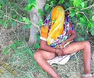 Indian Hot bhabhi enjoyed with her devar in Outdoor Village Outdoor 10 min 1080p
