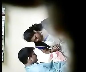 Indian Doctor And Indian Bhabhi sex in clinic Second Video 8 min