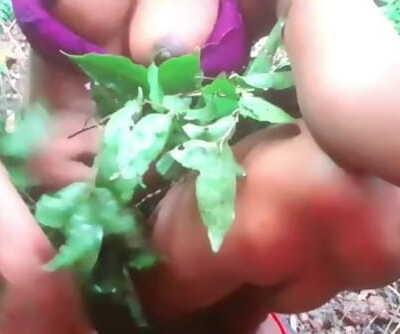 sri lankan forest sex after school වැදි කෙල්ල කැලේ ආතල් මහ වැස්සේ