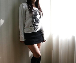 Asian teen Asuka Takedal undressing and vibing her shaved gash