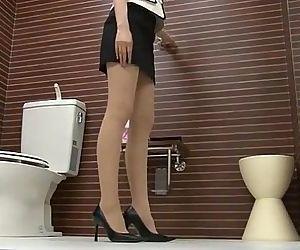 トイレでパã�..