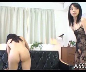 Ravishing japanese gangbang - 5 min