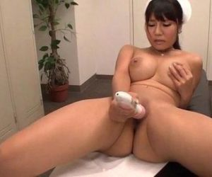 Yu Shinohara fucked with toys and..