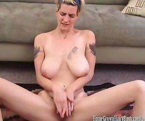Zenia Markova Toying her Hairy..