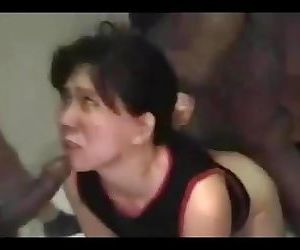 chienne japonaise infidele punie..