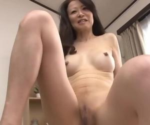熟女 華山美..
