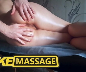 Fake Massage. Fucked a Girl with..