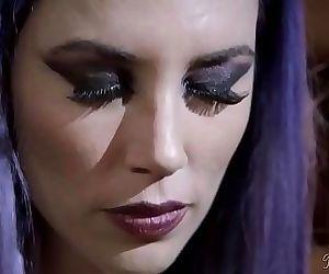 Vampire mothers revengeShyla Jennings and Jelena Jensen 6..