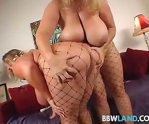 2 Busty Blonde BBWS Licks Tits and Pussy 4 min
