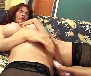 Milf Squirting Lesbian