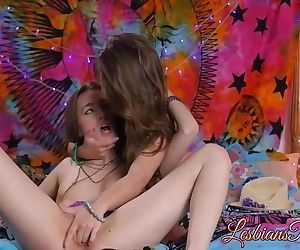 Jojo Kiss and Tali Dova satisfying their wet tight twats