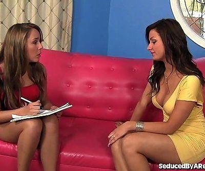 Hot Girls First Lesbian ExperienceHD