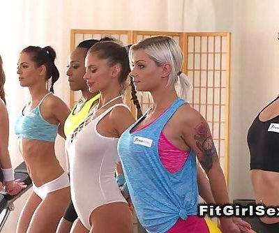 Fitness lesbians in oral sex after trainingHD