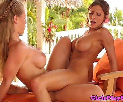 Madison Ivy and Nicole Aniston scissorHD
