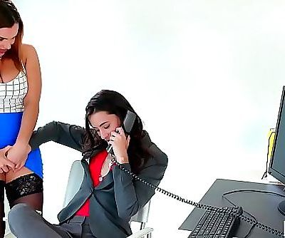 Caught on having sex in the office!Georgia Jones, Anastasia Knight and Natasha Nice 6 min HD