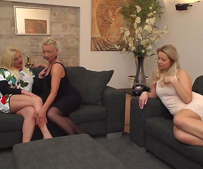 Beautiful lesbian threesome with moms and daughter