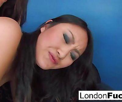 London Keyes and Evelynn Linn have some lesbian action 8 min